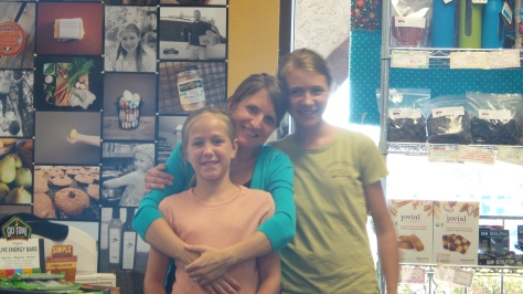 Mandy with Ella and Rylee at Country Organics